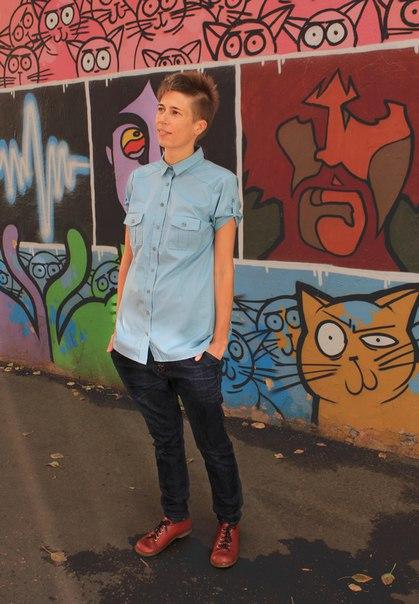 Рубашка женская, хлопок, с короткими рукавами, голубой.