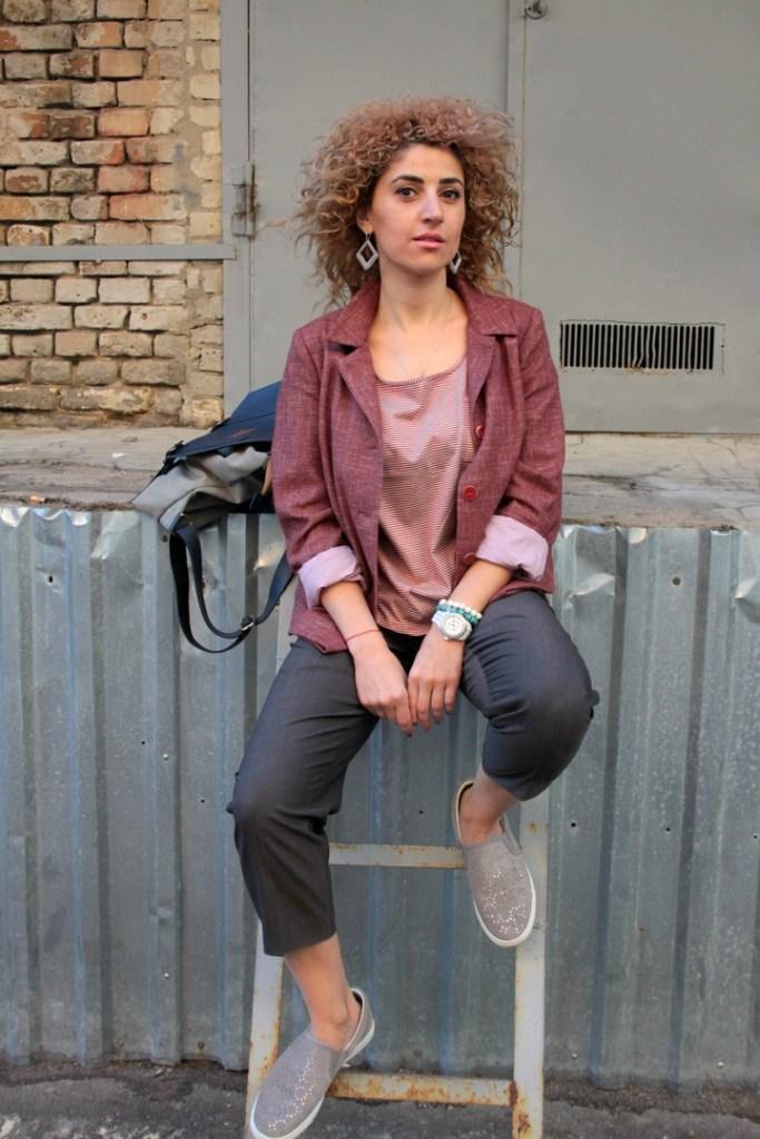 Жакет шерстяной. Женский пиджак цвета марсала.