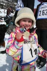 Linnea gikk sitt første skirenn med fart og stil! I år skal Avienda prøve seg og :-)