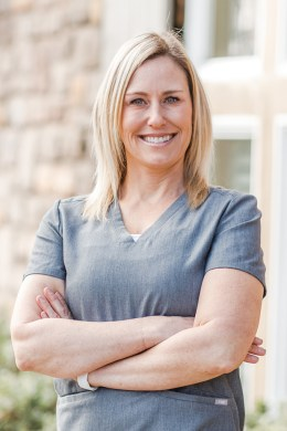 photo of traci aesthetic nurse specialist