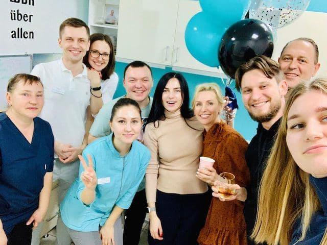 стоматология на Позняках Киев