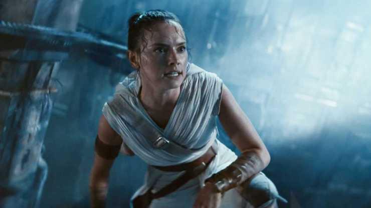 O diretor disse que o roteiro original do novo filme que está por vir de Star Wars: Rise of Skywalker, foi roubado e quase vendido no eBay.