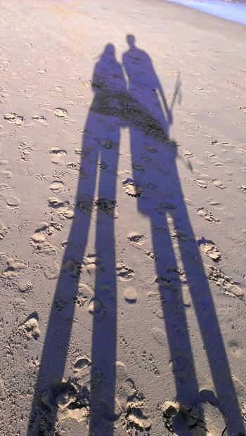 Cronulla Beach: Long Shadow