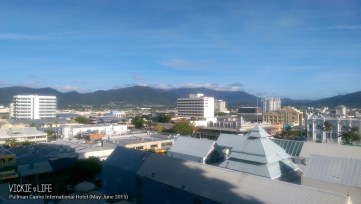 Pullman Cairns International Hotel: City Mountain Room View
