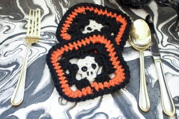 Crocheted Skull Coaster Vickie Howell