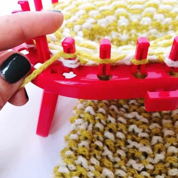 oval knitting loom wine sleeve YO