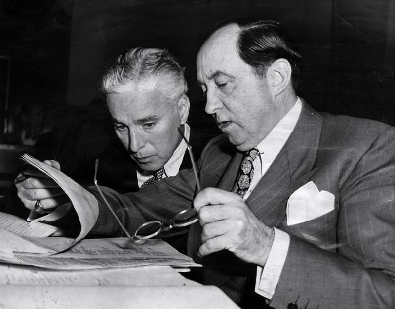 1944-charlie-chaplin-jerry-giesler