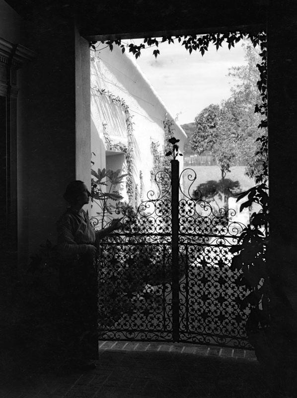 1939 courtyard