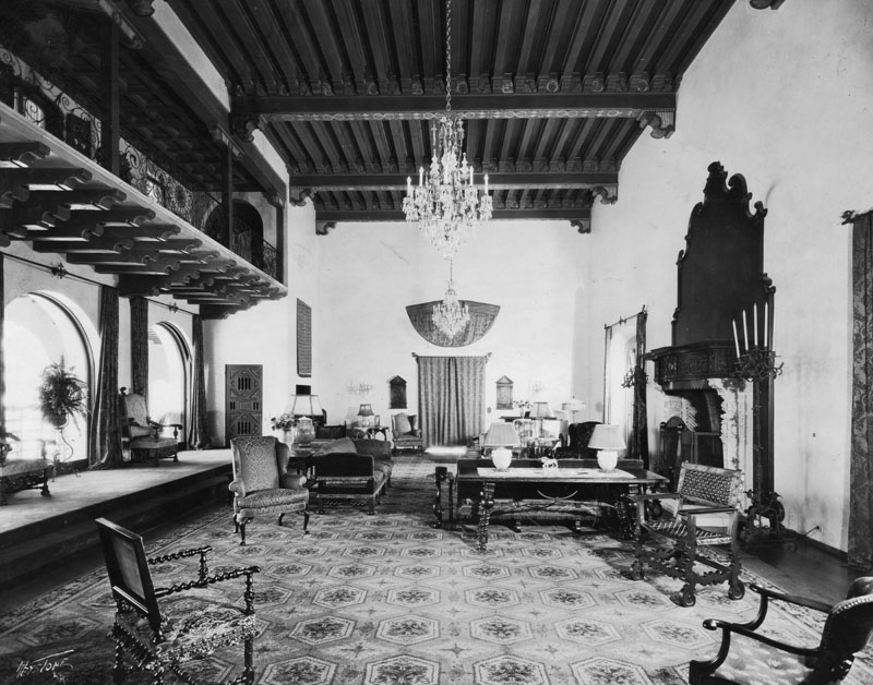 wallace neff living room