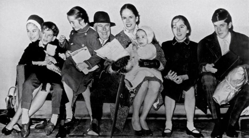 Chaplin_family_1961