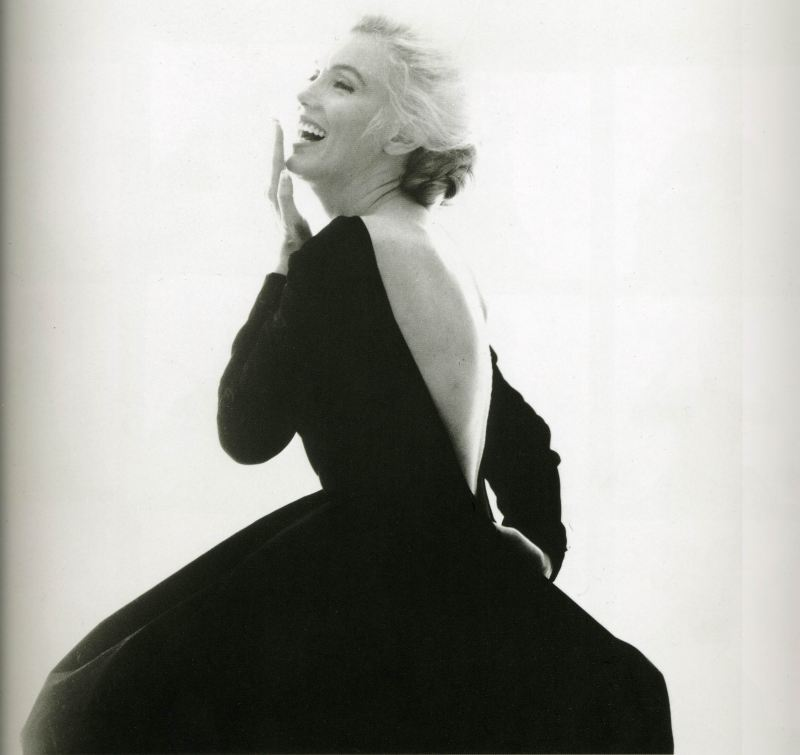 Marilyn Monroe in black and white, photographed by Bert Stern