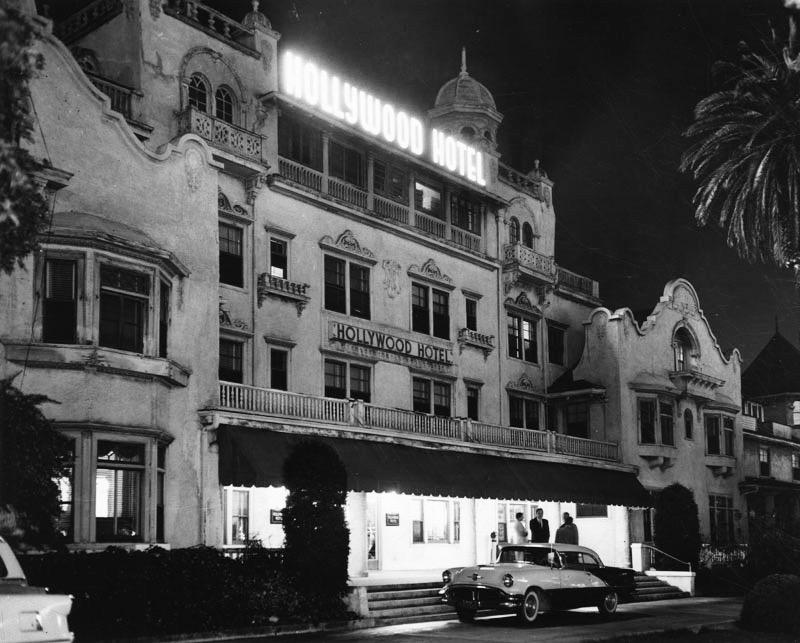 hollywood-hotel-1956