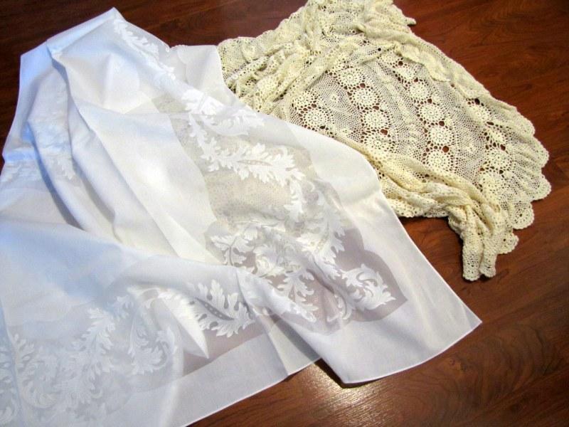 Thrifting Thursday – Table Linens