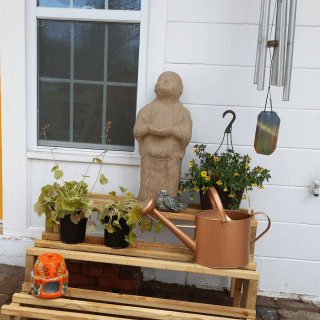 DIY Plant Display for Potted Plants