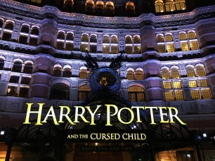 Harry Potter and the Cursed Child - on my way to see my friends
