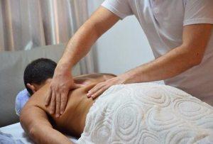 Massagem Sueca Terapêutica em São José SC - Vico Massagista e Quiropraxia.