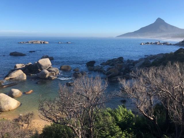 Camps Bay - Backoven mit kleiner Badebucht