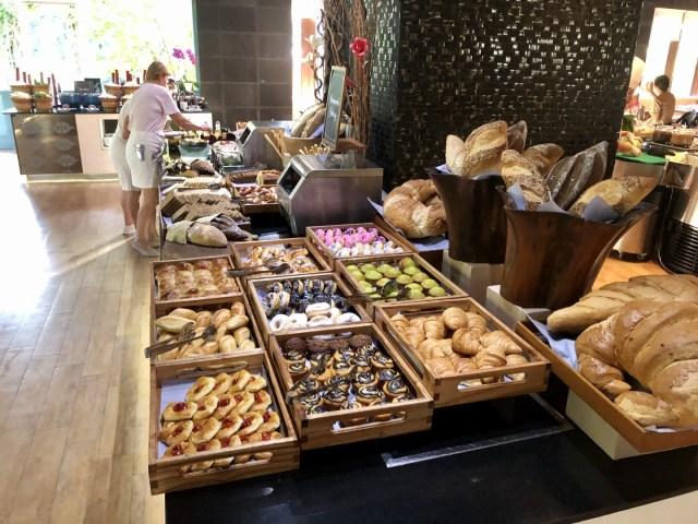 Doughnuts, Pastries und feines Plundergebäck in allen erdenklichen Variationen