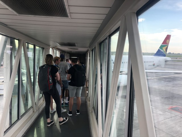 Boarding South African Airlines Flug von Johannesburg nach Kapstadt