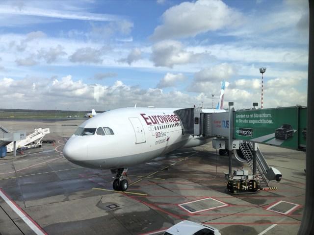 Eurowings Airbus A330-300 nereit zum Einsteigen