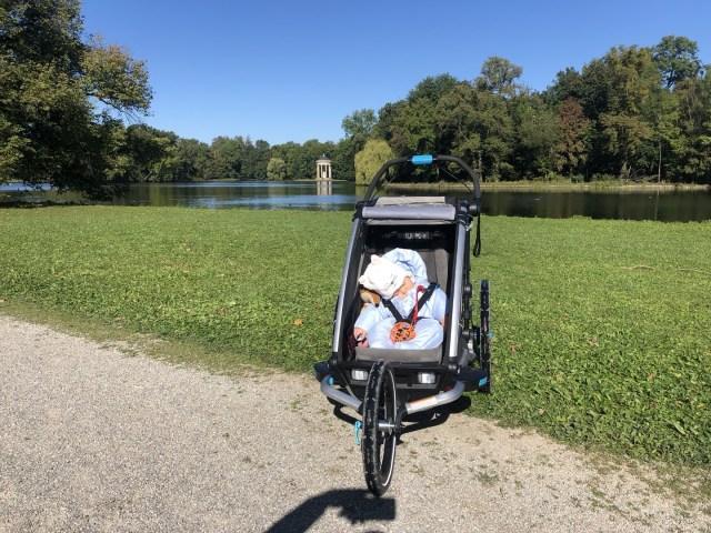 Thule Chariot Sport super gefedert und ein Bett auf Rädern