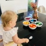 Alle Eier in der Farbe - 6 Minuten warten