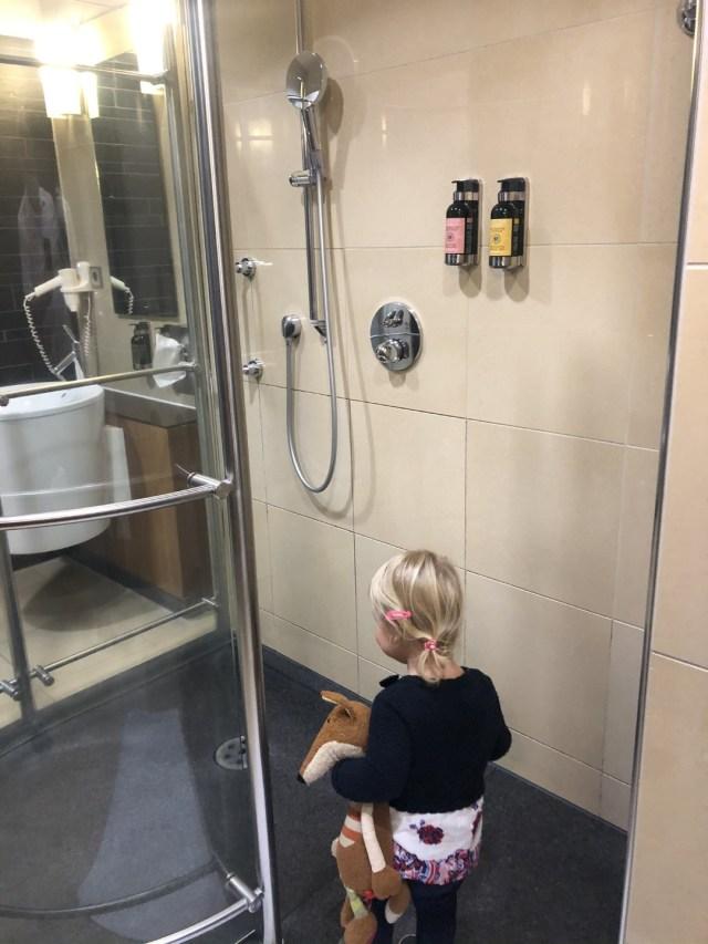 Eigentlich will ich mit Sigi lieber in der Senator Lounge duschen