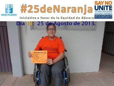 Estudiante del CBTIS No. 188 apoyando #25deNaranja.