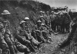 800px-Royal_Irish_Rifles_ration_party_Somme_July_1916