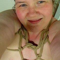 Third Kinkaversary with Staples, Pinwheels and Rope #MasturbationMonday
