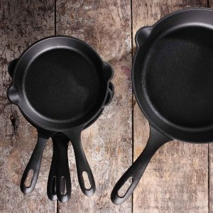 How to Clean Cast Iron for Day to Day Use