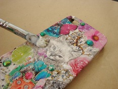 DIY phone case decoupage with Mod Podge victoriadaytoday.com
