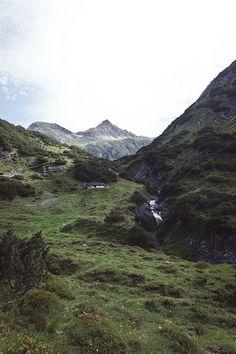 Terrasen Mountains