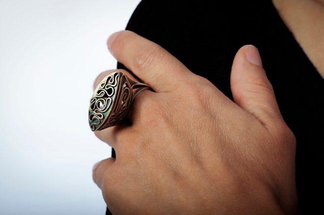 Escape II ring; photo by Pat Vasquez-Cunningham