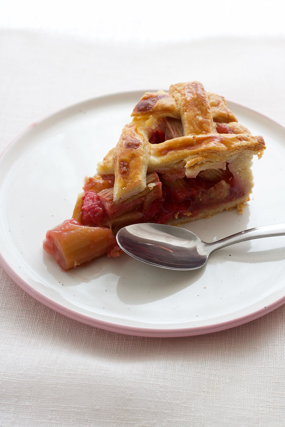 Strawberry Rhubarb Lattice Pie // Victoria Sponge Pease Pudding