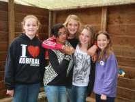 Rode draad groepje met Robin, Rima, Lotte, Dana en Jadie