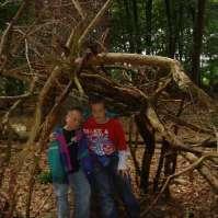 Donovan en Richard in hun hut in wording