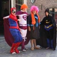 Spiderman Bente, Superman Lars, superheld Pim en Batman Naomi