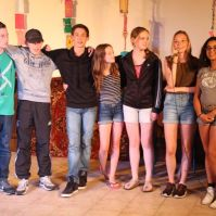 De 14-jarigen tijdens de bonte avond