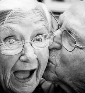 Entrevista: Sexo en adultos mayores; El deseo no envejece