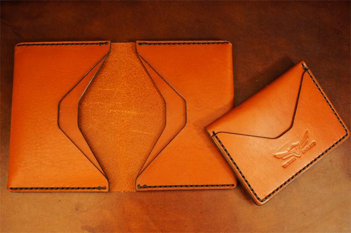 shuttl dockable wallet