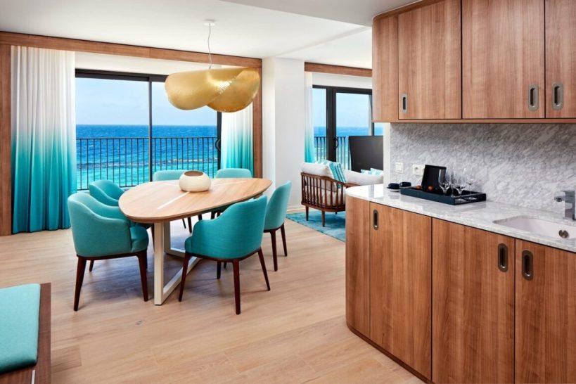Curacao Marriott Beach Resort - Suite - Dining & Wet Bar