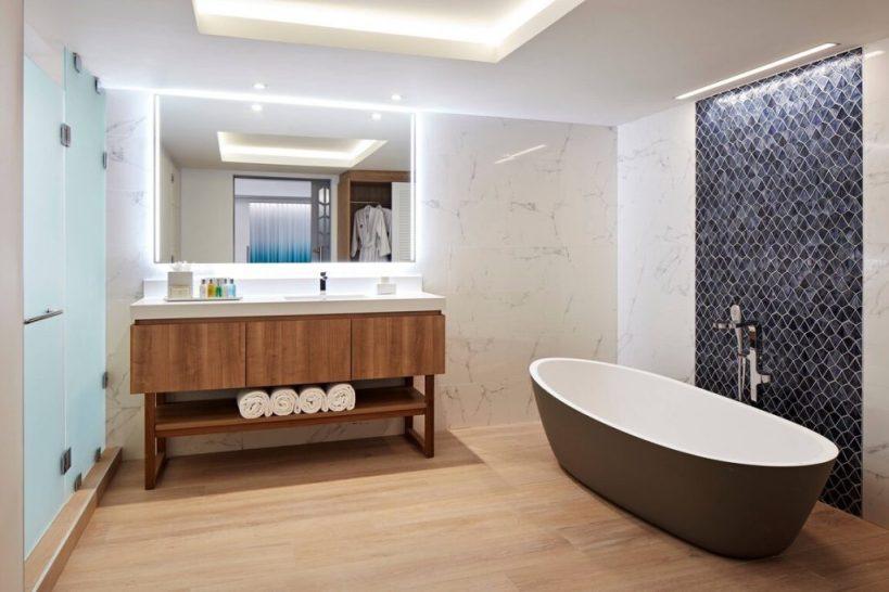 Curacao Marriott Beach Resort - Suite - Bathroom