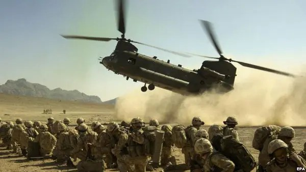 00cedd50 435a 4568 b95d 1bb1eaba5baa 16x9 600x338 بریتانیا شش هزار سرباز تازه نفس دیگر به افغانستان اعزام کرد
