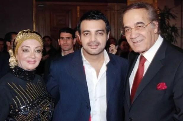 محمود ياسين مع ابنه عمرو وزوجته شهيرة