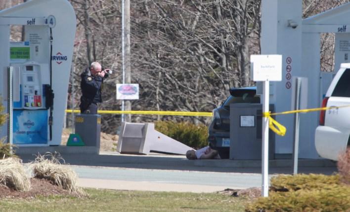من مكان العثور على واحد من ضحايا مذبحة كندا