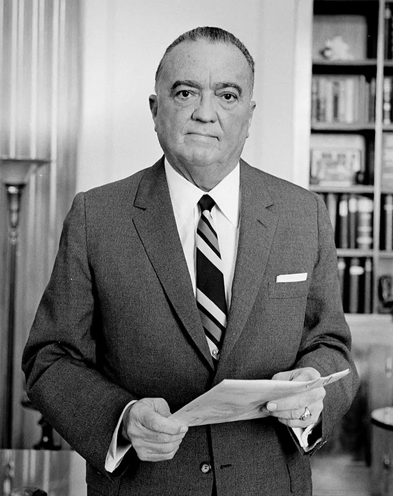 صورة لجون إدغار هوفر أول مدير لمكتب التحقيقات الفيدرالي
