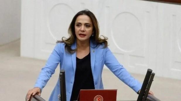 نائبة رئيس حزب الشعب الجمهوري المعارض غمزة أكوش إيلغزدي