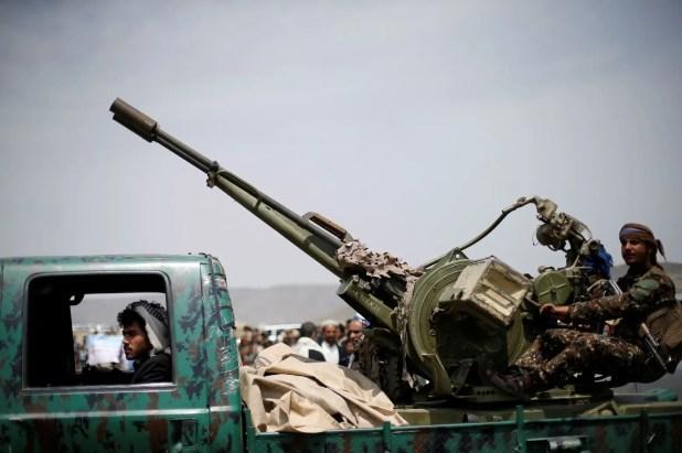 عناصر من الحوثيين في محيط صنعاء (أرشيفية)