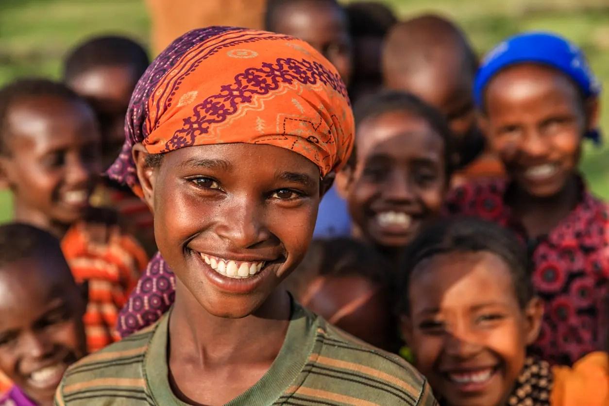 أطفال في إفريقيا - تعبيرية